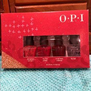 OPI mini holiday gift set
